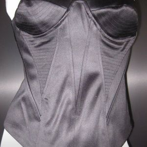 New Black structured corset size 10